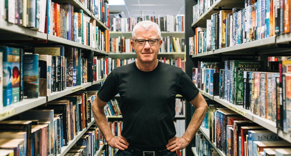 Mark Cubey, Manager Writers & Readers 1000x2000 (c) Anna Briggs